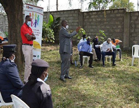 Building Trust Between Young People and Police in Kenya